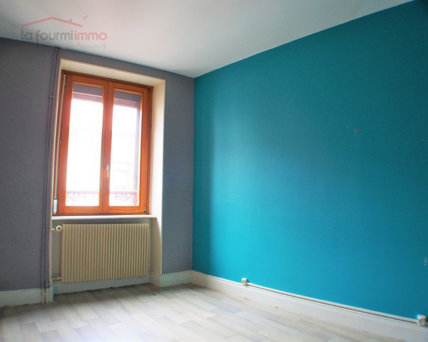 Immeuble de 2 appartements + 1 garage à Thann (68800) - Pa241996