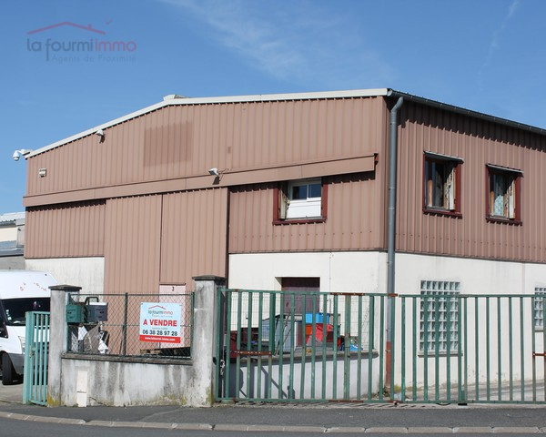 Thorigny-sur-Marne 77 400 Local Commercial 163m² - Img 9365