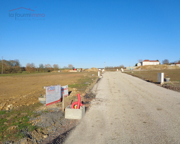 Vends à Alzing (57320) terrain à construire de 720 m2 environ  - Photo fev-2019-2