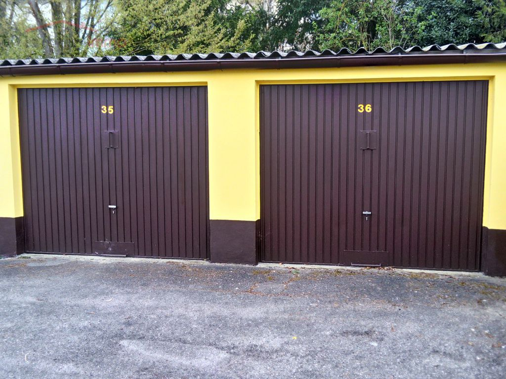 Lot de 36 garages à Mulhouse 68200 - Dsc 0030