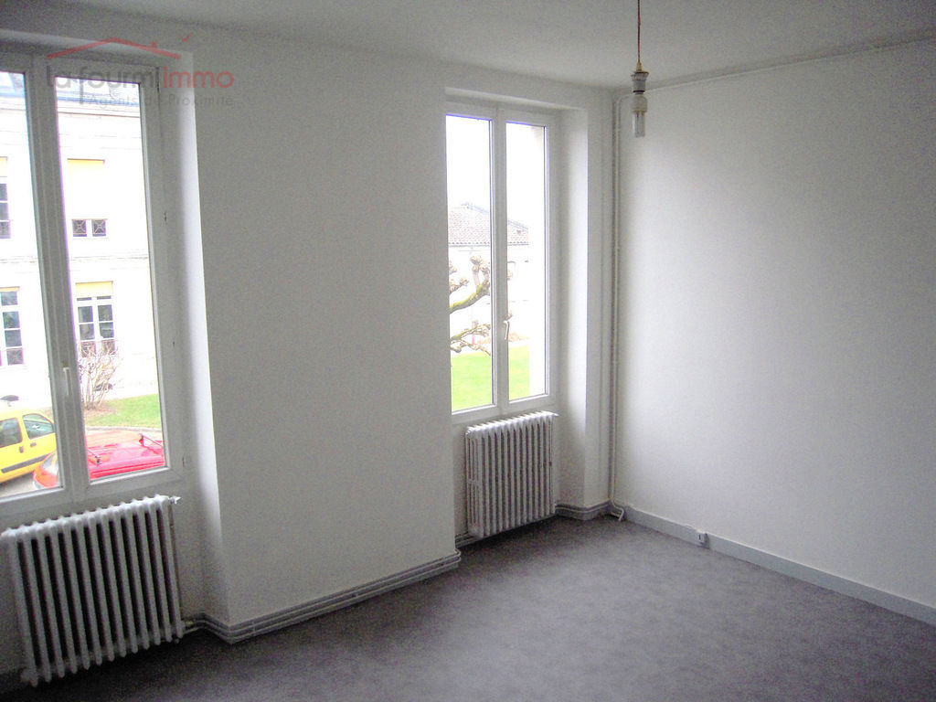 Ensemble immobilier 140m² 75 000€ Mussidan - Dscn0879 - copie  2