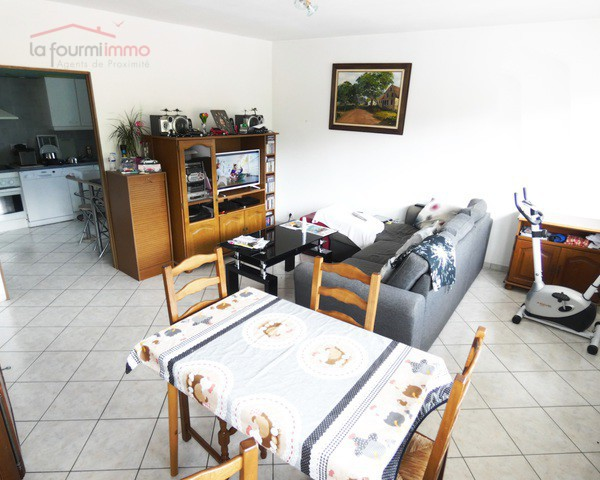 Spacieux Appartement T4 100 m² - P1010626