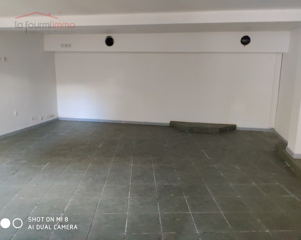 local commercial centre ville 130 m2  sans locataire   - Img 20181107 114122