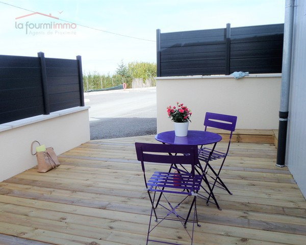 Maisonnette  de 30 m² utiles + terrasse 40 m² + 2 places parking - Sam 0582