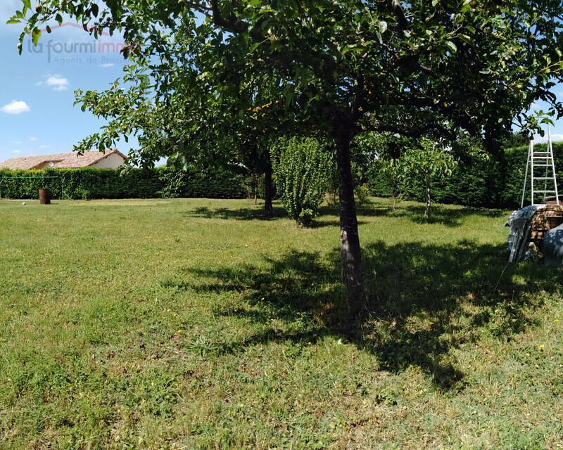 Terrain 486 m² (projet construction possible) - Img 20190606 153954