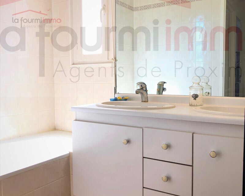 Montreuil 93100 - Appartement 4 Pièces - 81 m² - Img-2388