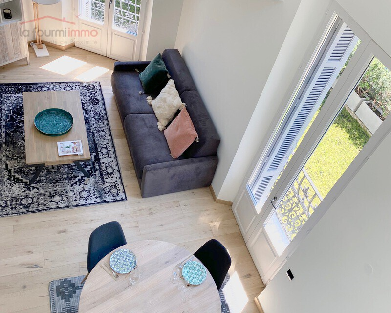 06400 Cannes centre, Vends appartement bourgeois T3 87 m2 env. - Img 0239
