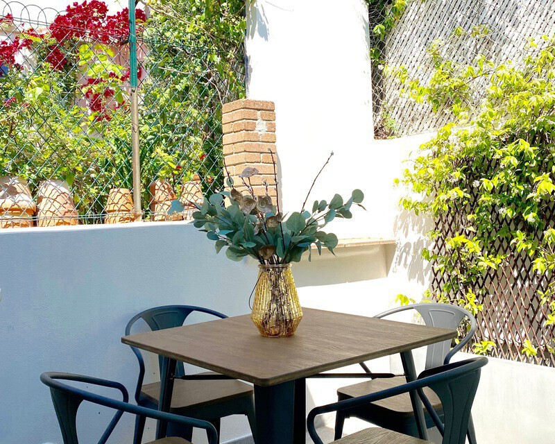 06400 Cannes centre, Vends appartement bourgeois T3 86 m2 env. - Img 0195