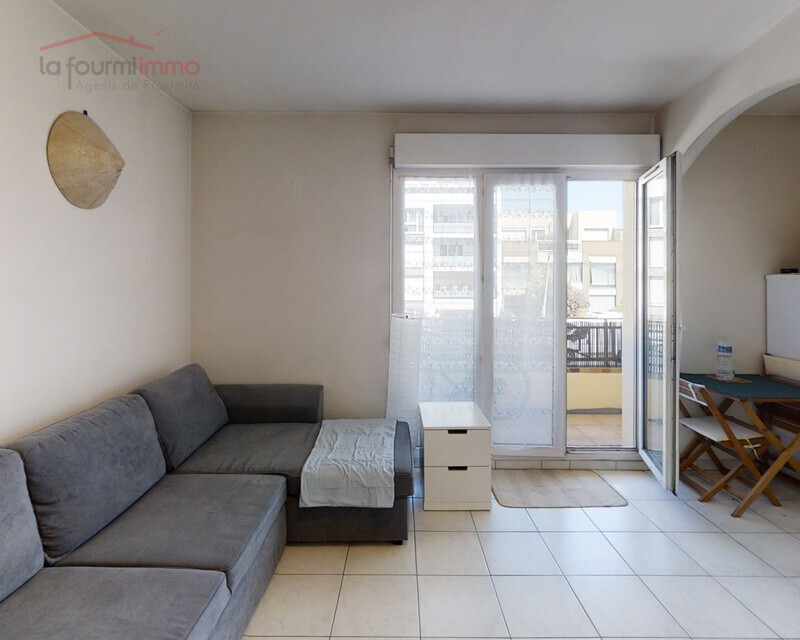 Appartement de type studio avec balcon - Villepinte-studio-living-room