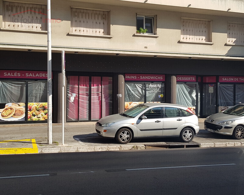 local commercial 200m² - façade