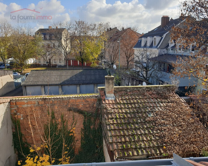Grand appartement F1 40 m² à Mulhouse Centre (68100) - 20201120 120511